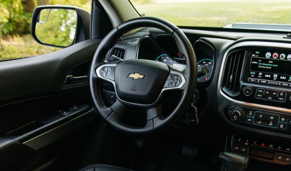 2020 Chevy Silverado ZR2 Interior