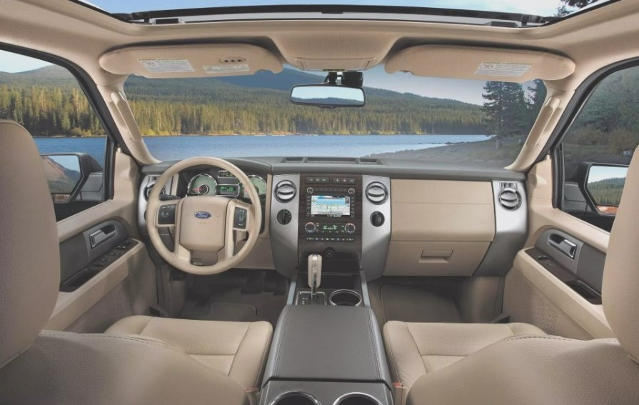 2021 Chevrolet Tahoe PPV Interior